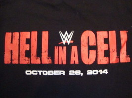WWE World Wrestling Entertainment Hell In A Cell Crew 2014  Black T Shirt Size L - $15.53