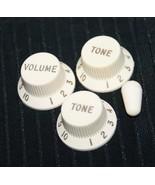 2004 Vintage FENDER Strat set~ Volume & tone knobs~ GREAT SHAPE! - $45.25