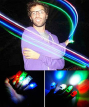 LED FINGER LIGHTS LAMPS PARTY LASER TORCH GLOW RING- RANDOM COLOR