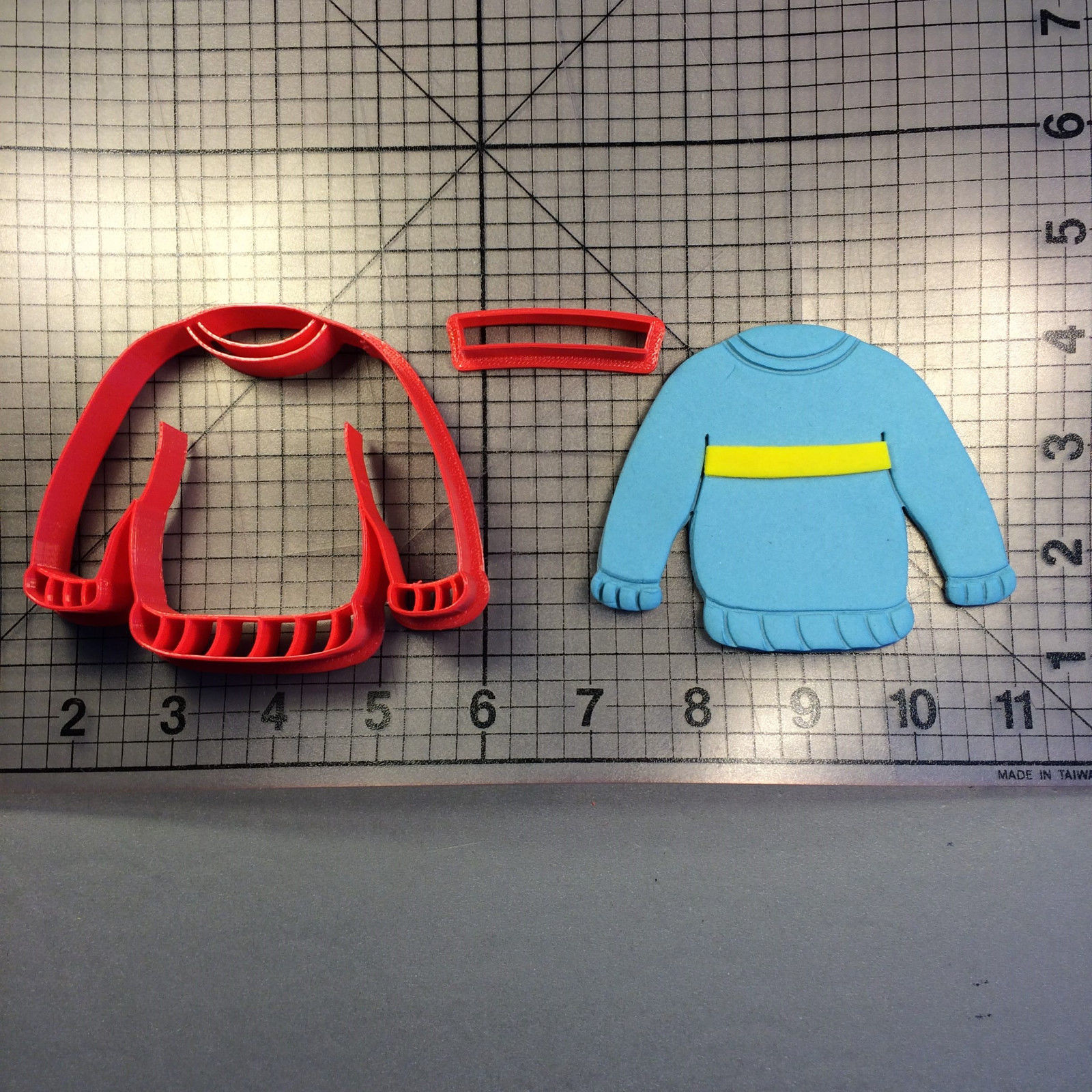 Sweater 100 Cookie Cutter Set - $6.00 - $9.00