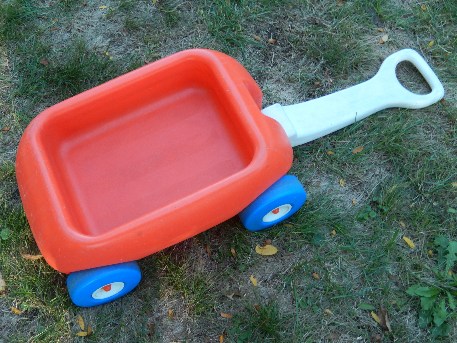 Little tikes tiny wagon 1984  3