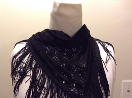 Howard's 100% Polyester Black Triangular Scarf With Fringe Trim - $30.68