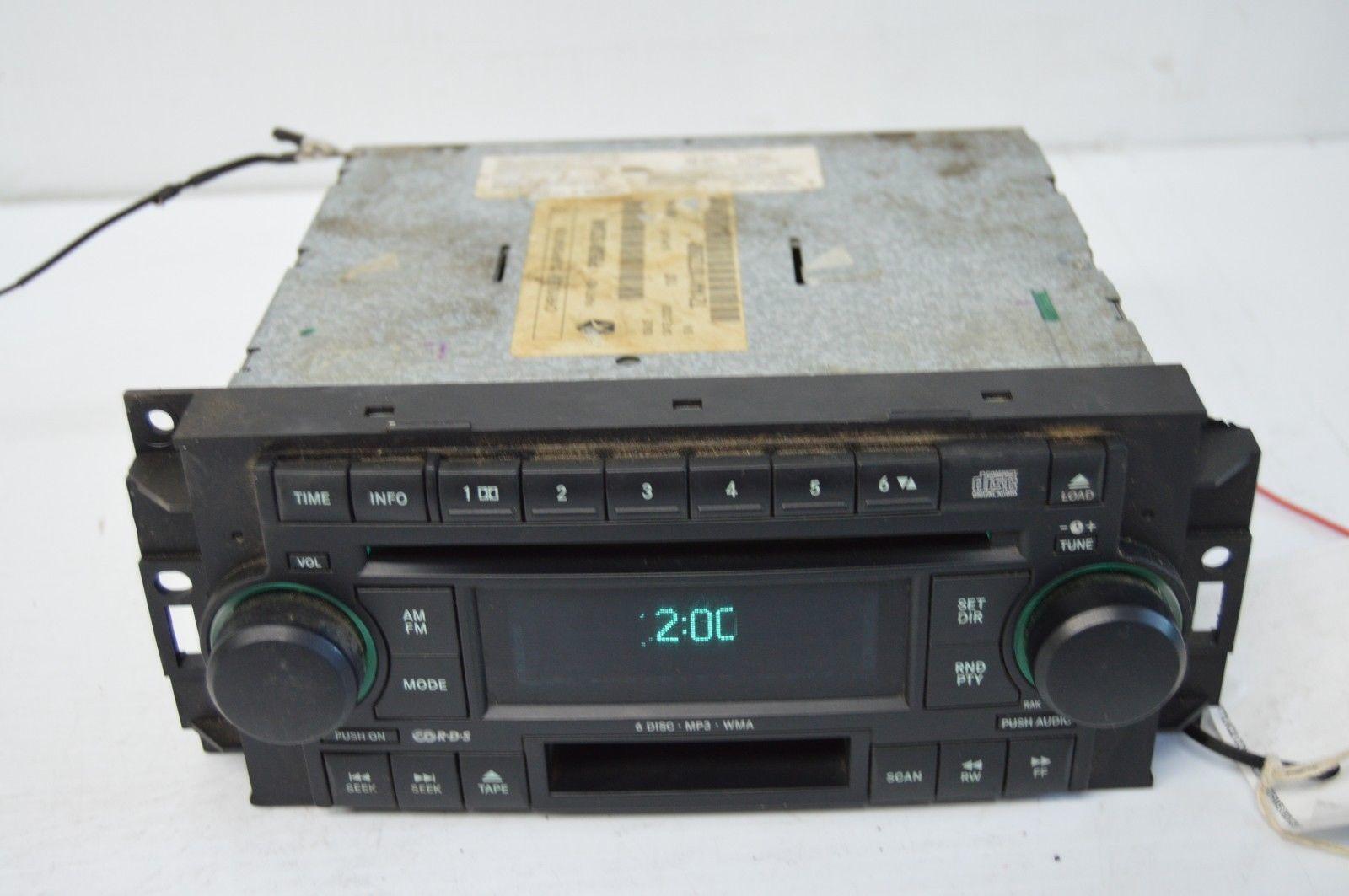 2005-2010 CHRYSLER 300 RADIO CD PLAYER OEM RADIO P05091523AN TESTED F57#019