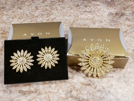 Avon Bold Starring Brooch Pin Clip On Earrings Gold Tone Rhinestones 1997 - $19.38