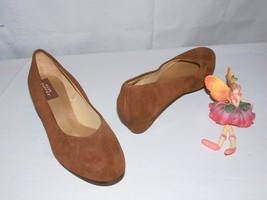 Hush Puppies Suede Heels Brown Real Suede Leather Size 10M  - $22.72