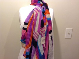 Mad About Style 100% Polyester Purple Pink White Blue Orange Black Wrinkle Scarf