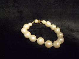 "Vintage Trifari 7.5"" Baroque Pearls Bracelet ~ Minty ! - $34.65"