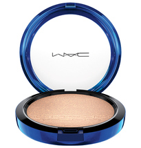 MAC Magic of the Night Collection, *Oh Darling*, In Extra Dimension Skinfinish - $44.40