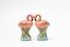MAGNETIC SALT PEPPER SHAKER PINK FLAMINGOS - $11.99