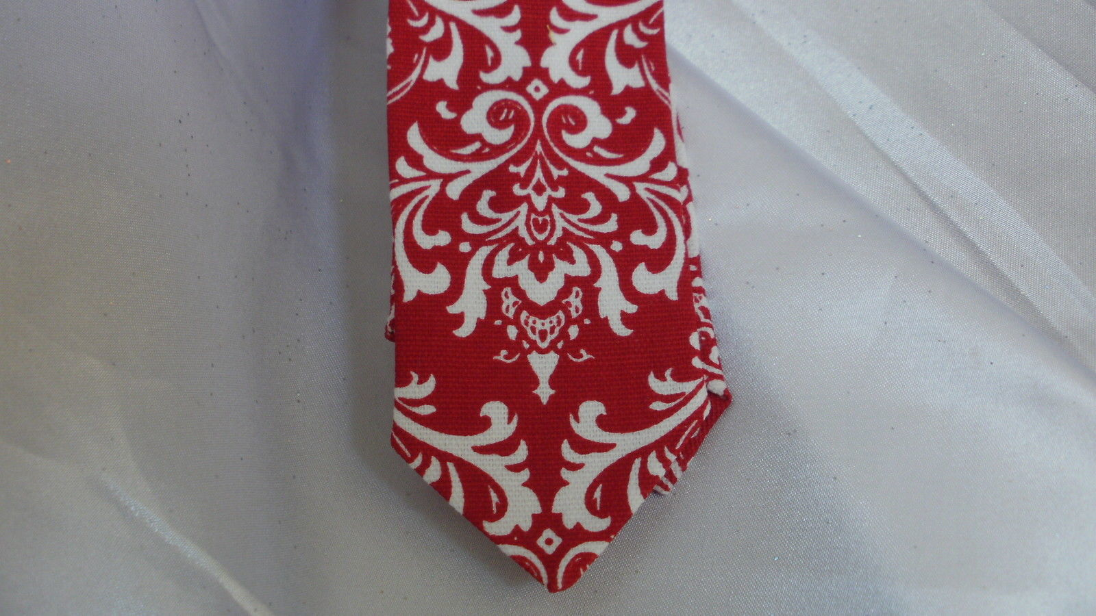 MEN'S RED DAMASK NECKTIE AND HANKY, Pocket Square, Wedding, Bridal, Groomsmen