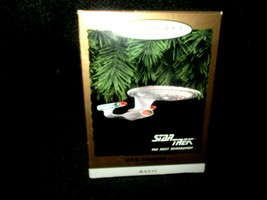 1993 Hallmark Keepsake Star Trek USS Enterprise Magic Blinking Light Orn... - $24.74