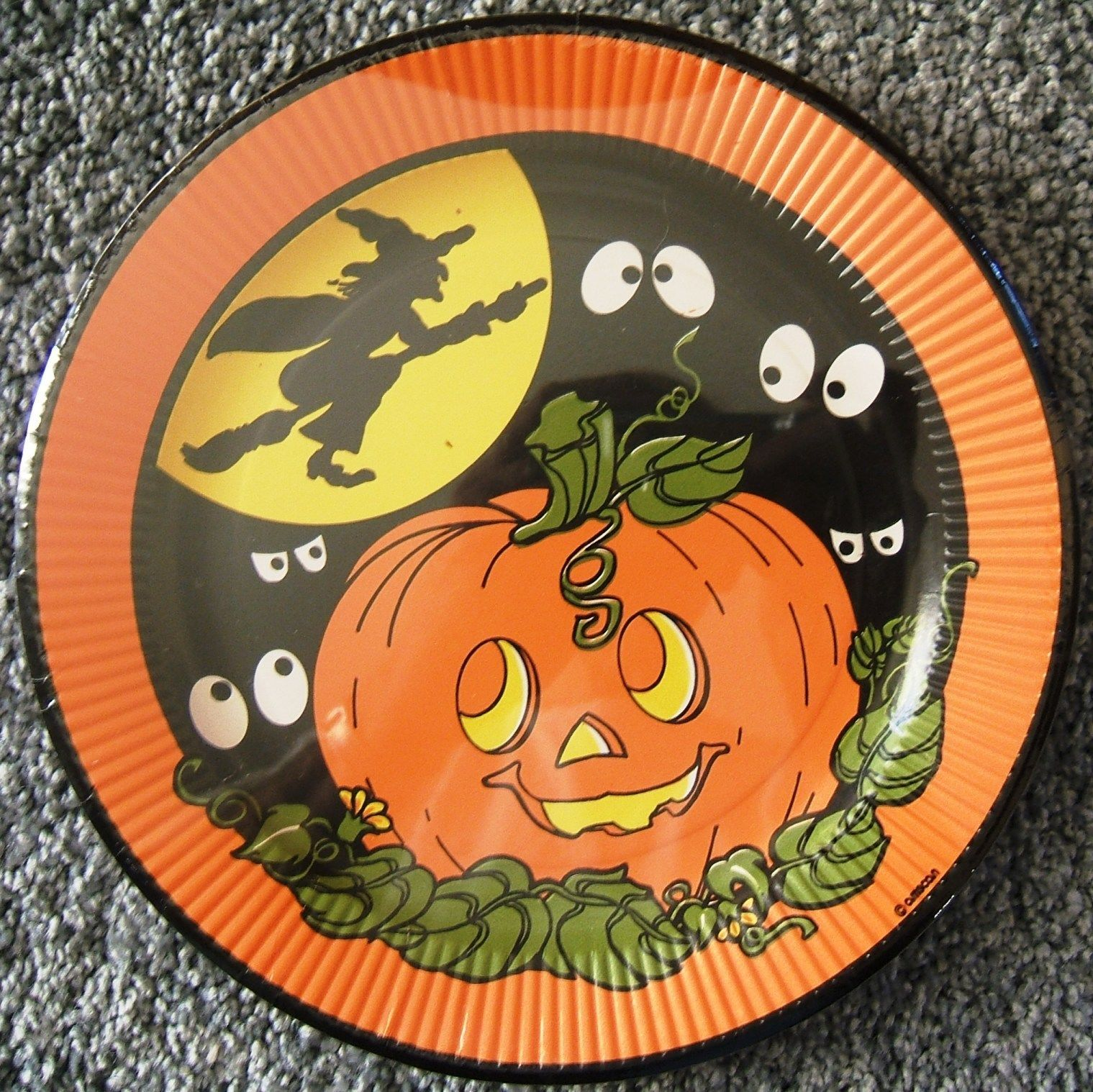 Halloween Witch on Broomstick Pumpkin 8 Paper Plates Amscan Unopened Vintage - $65.59 & Amscan Paper Plate (1970s): 1 listing