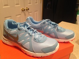 Nike Revolution 2 GS 555090 403 size 5.5,6Y Running Shoes - $28.00