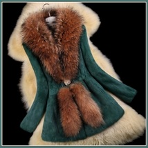 Luxury Dog Racoon Long Hair Fur Collar Mid Length Dyed Rex Rabbit Fur Coat  image 10