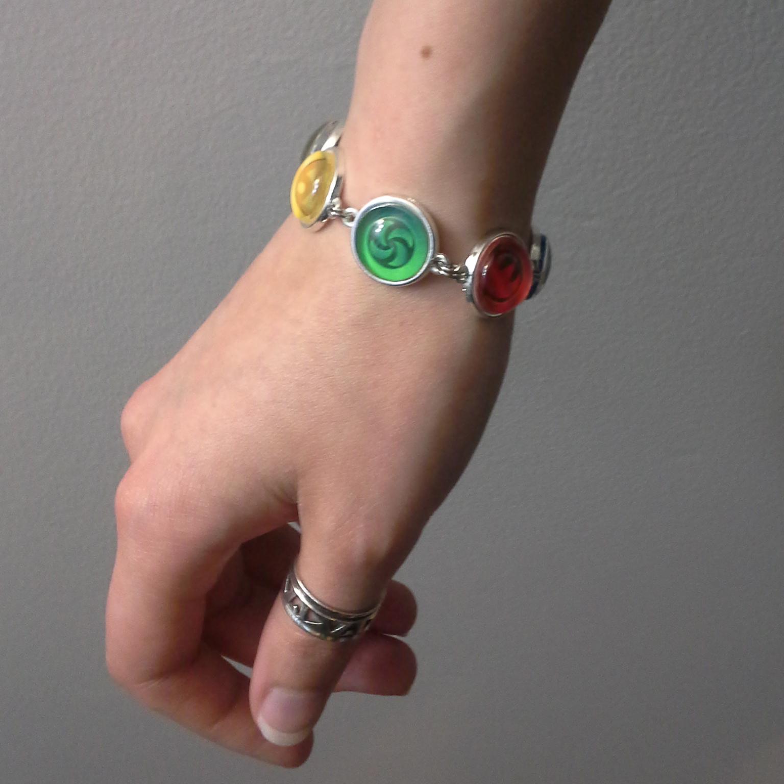 Legend of Zelda, Ocarina of Time Sage Medallions Triforce Silver Metal Bracelet