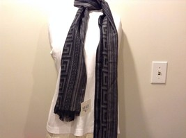 Mad About Style 100% viscose Black Gray Meander Pattern Fray Edges Scarf