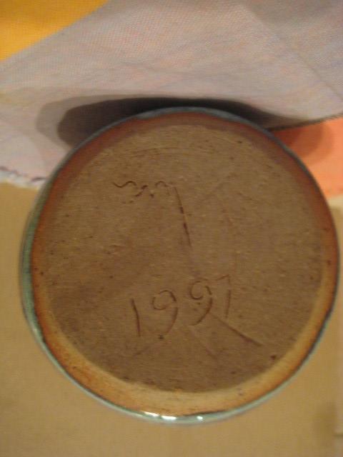 HANDMADE STONEWARE ART POTTERY VASE- 1997 - ARTIST SIGNED  MINT CONDITION