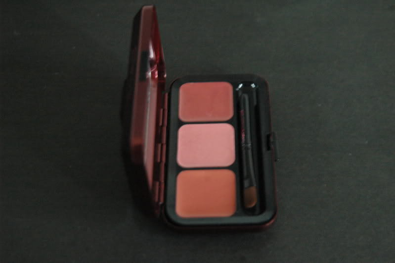 Primary image for MAC Passionately Red Viva Glam: 3 Warm Lips Palette NIB