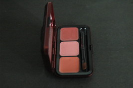 MAC Passionately Red Viva Glam: 3 Warm Lips Palette NIB - $29.99