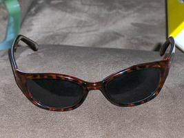 DKNY Tortois Tone Sunglasses Black and Golden Color - $24.97