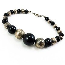 "Black Metallic Beaded Bracelet Vintage 8"" Strand Silver Tone b344 - $7.69"
