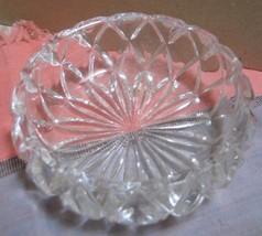 VINTAGE CRYSTAL GLASS BOWL / CANDY DISH MODERN DESIGN  SACRED GEOMETRY - $10.00