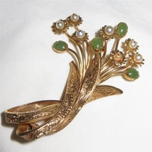 c1950 18k Gold Imperial Jade and Pearl Flower Bouquet Ribbon Brooch Pin ... - $870.21