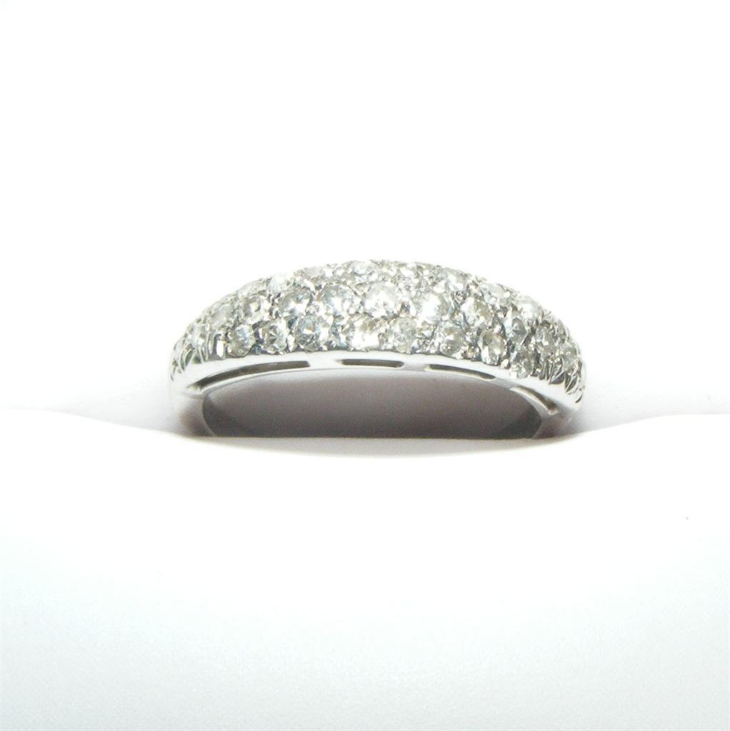Vintage 14K Gold Diamond Pave Ring White Gold Wedding Band 2.6 grams Size 7