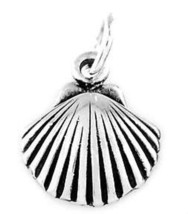 STERLING SILVER PRETTY OCEAN SEA SHELL CHARM/PENDANT - $9.49