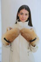 Warm Fox Fur And Leather Mittens/Mitaines En Fourrure De Renard - $72.25