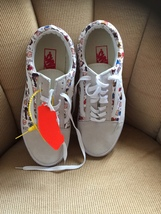 PEANUTS/VANS OLD SKOOL/TENNIS SHOES/MEN'S 10.5/WOMEN'S 12 - $100.00