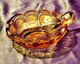 Vintage Fostoria Coin Glass Nappy dish with handle amber AA19-CD0013 image 2