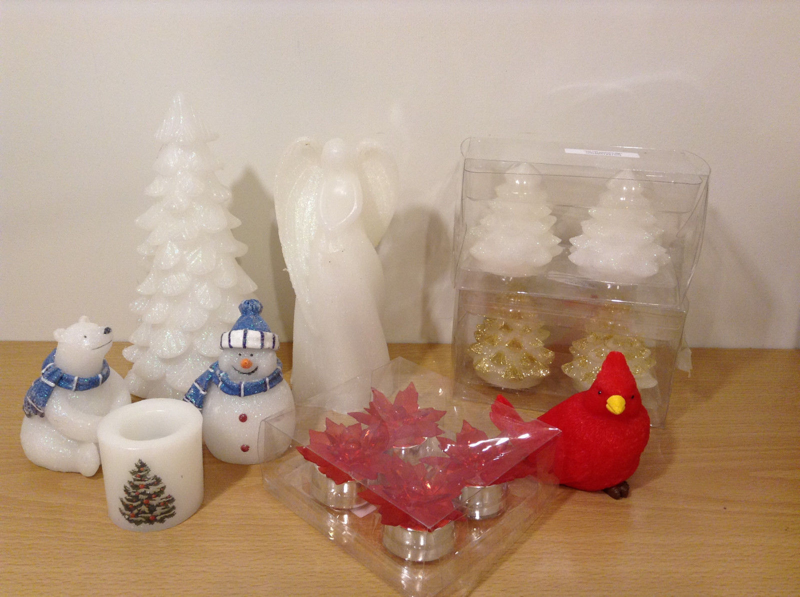 Big Lot Winter Holiday Home Decor Flameless Real Wax Led Candles Figurines