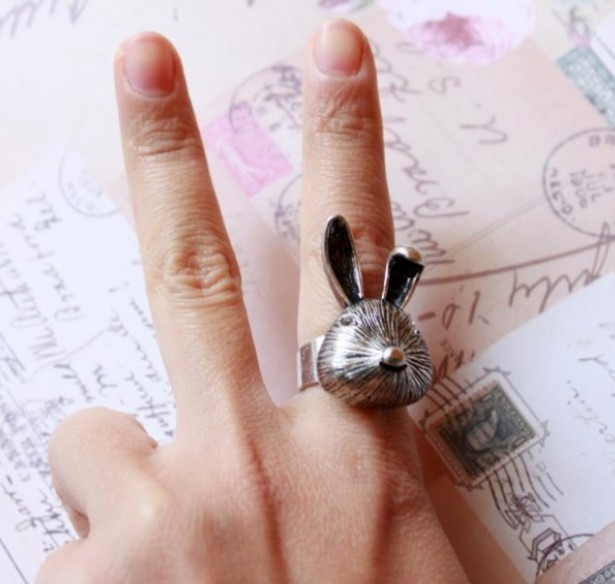 Primary image for Vintage Brushed Metal Rabbit Cocktail Ring