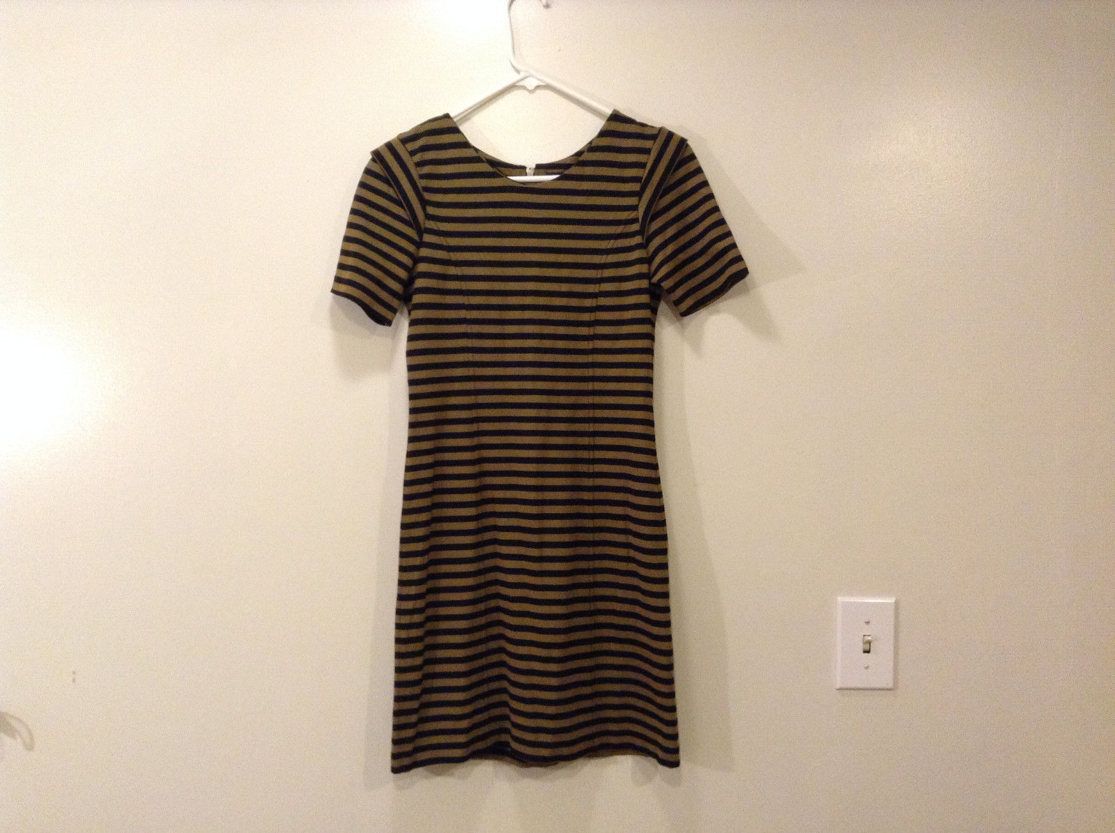 French Connection Black Brown Striped dress, size 6 Short Sleeves Unlined