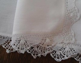 "Vintage White Ribbed Cotton Dresser Scarf Table Runner Bobbin Lace 31"" - $15.79"