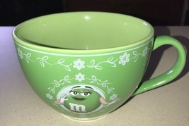 M&M'S WORLD 2007 GREEN M&M'S LADY OVERSIZED WIDE MOUTH COFFEE SOUP MUG C... - $15.83