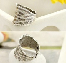 Vintage Punk Style Waved Ring - $4.99