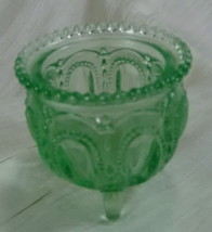 Boyd Gypsy Pot Toothpick Holder Spring Glow Glass - $14.01