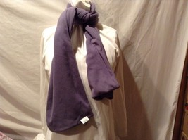 Great Used Condition Quest One Size Fits All 100% Polyester Lilac Scarf