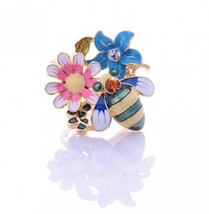 Bee&Flowers Fashion Cocktail Ring - $2.99