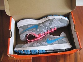 BNIB Nike Revolution 2 women's running shoes, lace up, assorted colors/s... - £37.99 GBP