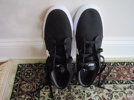 BNWOB Nike Toki Low Sneakers, Men, Textile, black/white, size 9.5, lace up - $51.08