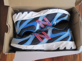 BNIB New Balance KJ550OBY Boys' Running Shoes, size 2M, Navy, Lace up - $37.05