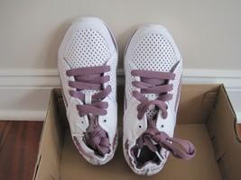 BNIB Reebok easytone reewonder women's athletic shoes, J22222, size6, easyfit - $27.70