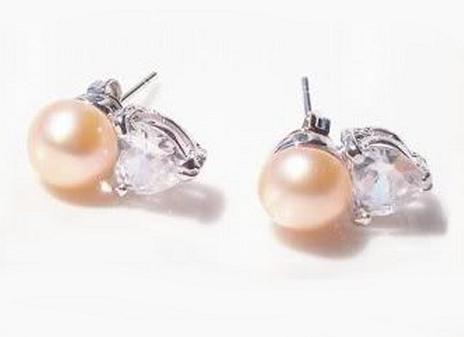 Earrings peach pearl cz