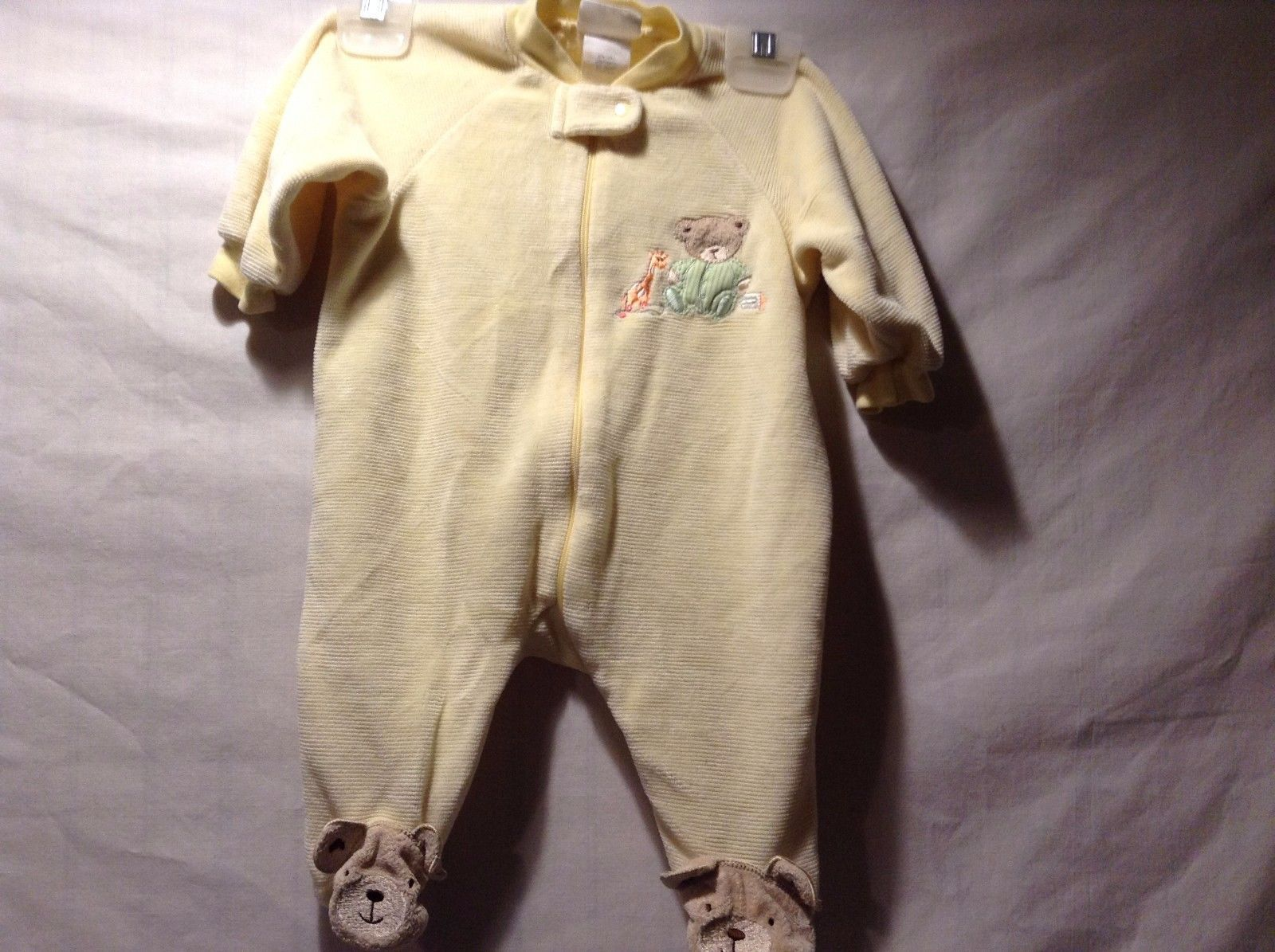 Great Condition Carter's Yellow Bear Footed Pajamas Baby Sleeper Giraffe Toy