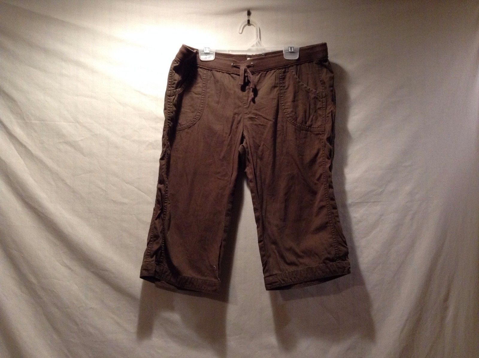 Great Condition SO Wear It Declare It Size 9 Cotton Brown Shorts String Tie