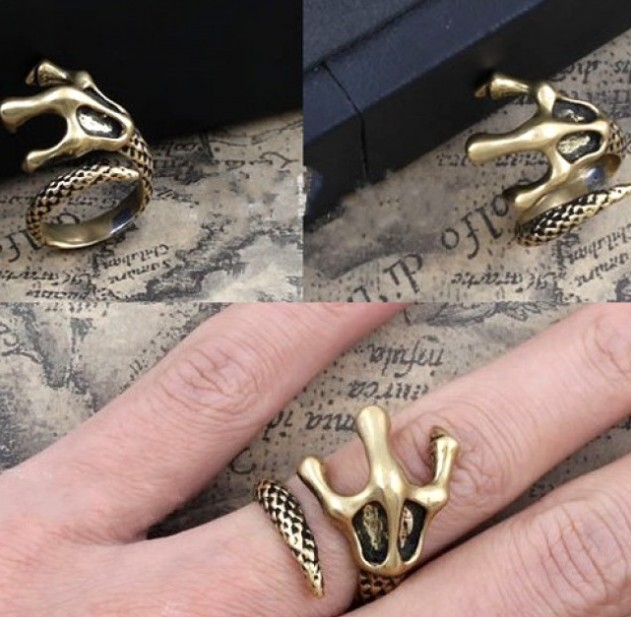 Primary image for Vintage Dragon Claw Cocktail Ring(Color:Antique Bronze /Antique Silver )
