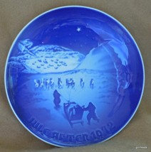 "Vintage Bing Grondahl Christmas Plate 1972 Christmas in Greenland 7 1/8""... - $18.00"